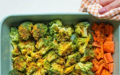 Verduras asadas al horno: ¿cómo cocinarlas y cuáles son sus beneficios?